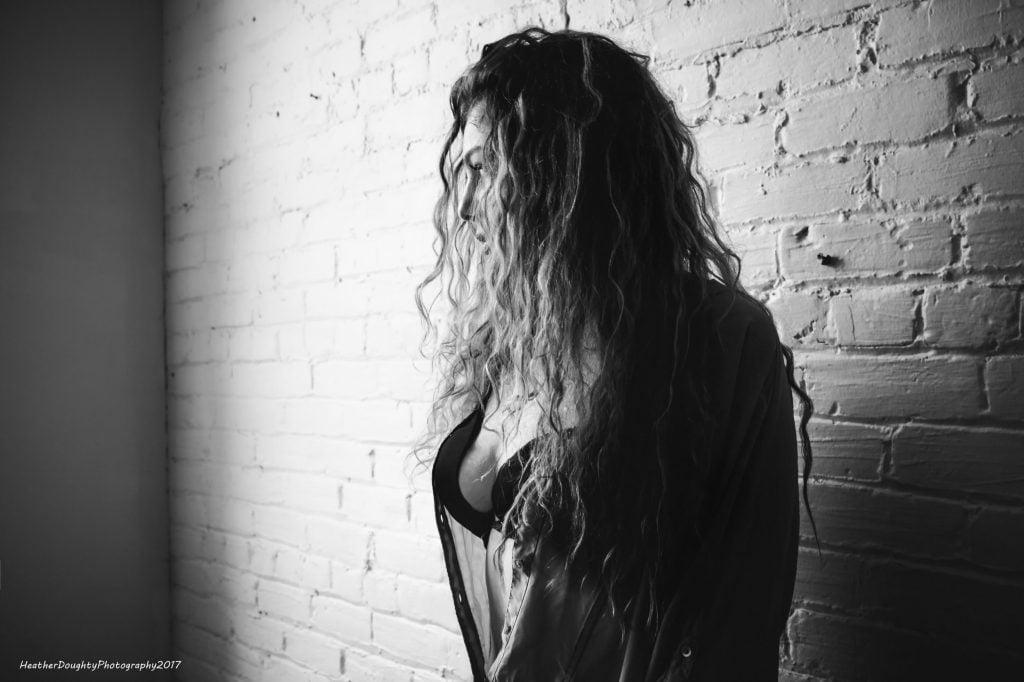 hot as hell boudoir session, Oshawa boudoir photographer
