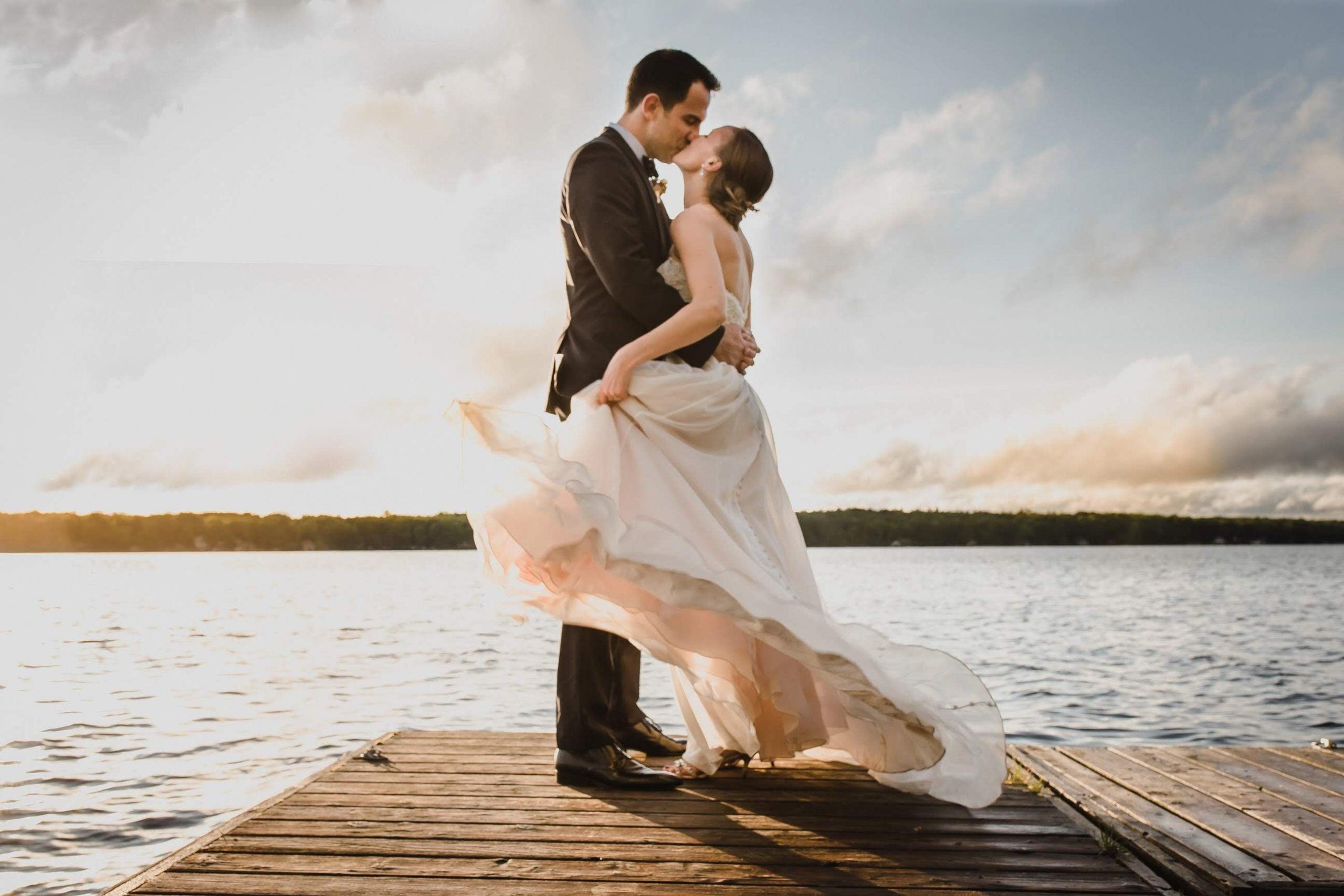 intimate wedding photographer, cottage wedding