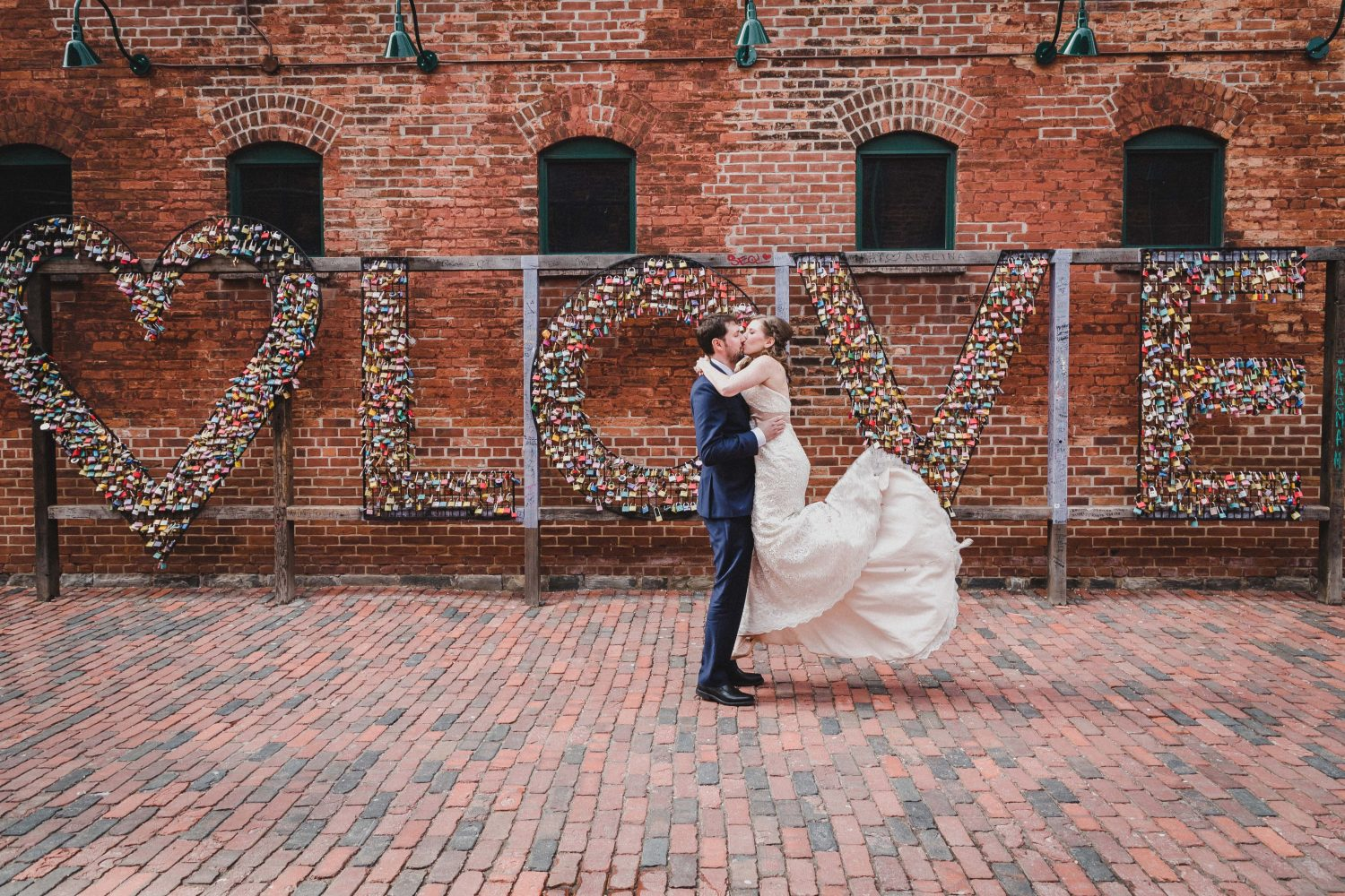 distillery district wedding, distillery district wedding photographer, toronto wedding photographer