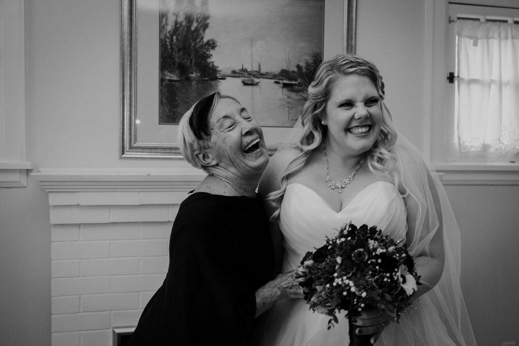 getting ready wedding photos, cobourg wedding photographer