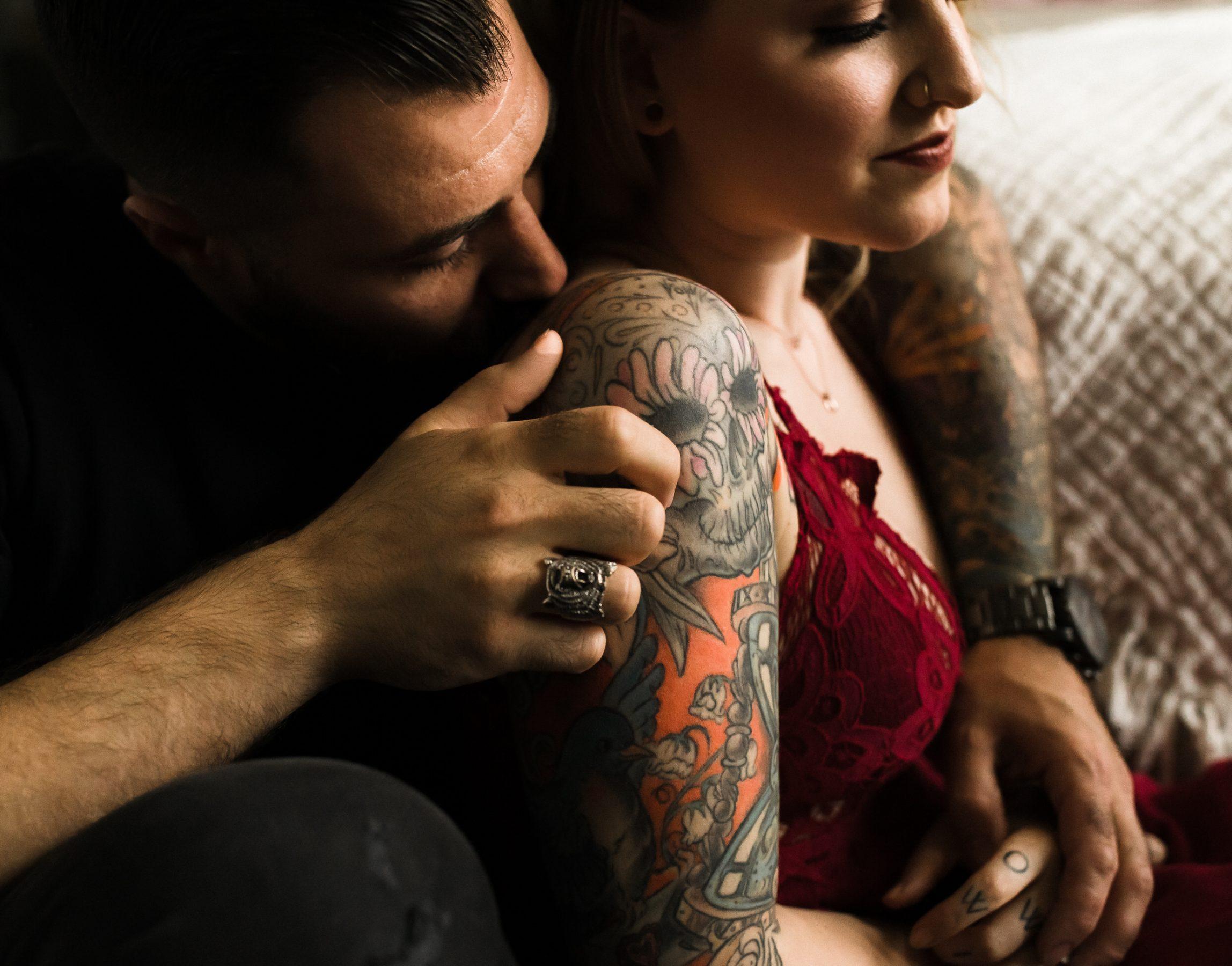 couples intimate boudoir session, toronto photographer