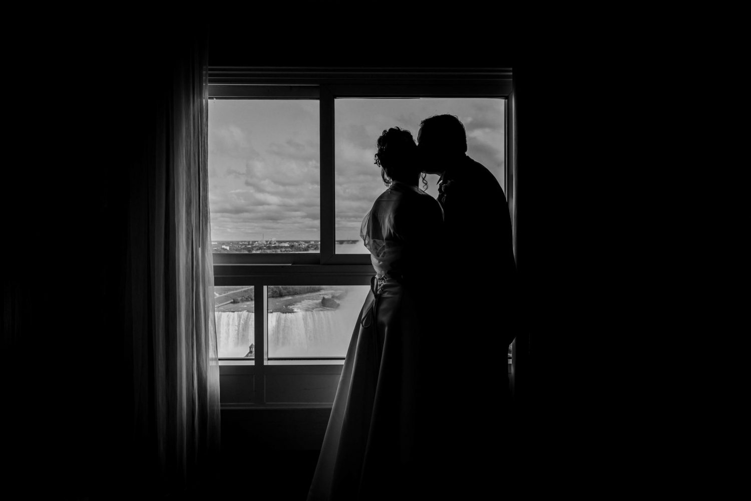 niagara falls wedding, niagara falls wedding photographer