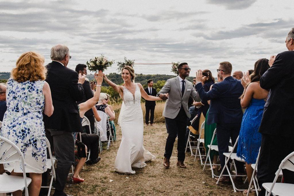 outdoor wedding bride and groom, toronto wedding photographer